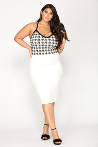 Got My Reason Houndstooth Top - White/Black