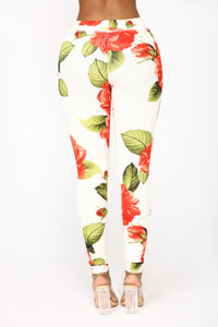 Love Is Blind Floral Matching Set - Ivory