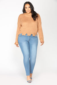 Mundaze Distressed Sweater - Spice