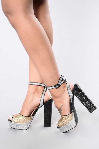Watch Me Glitter Heel - Black