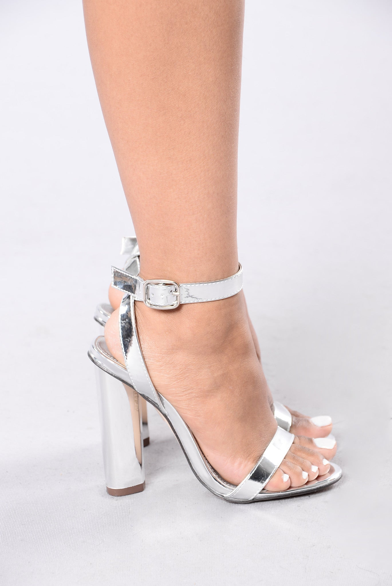 0529ad47e5d Simple And Sleek Heel - Silver