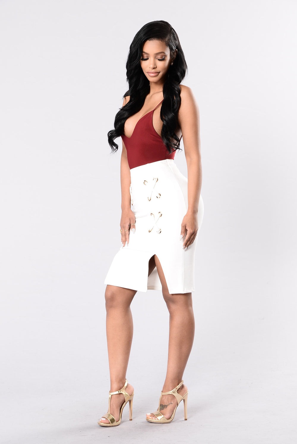 Leg's Crossed Skirt - White