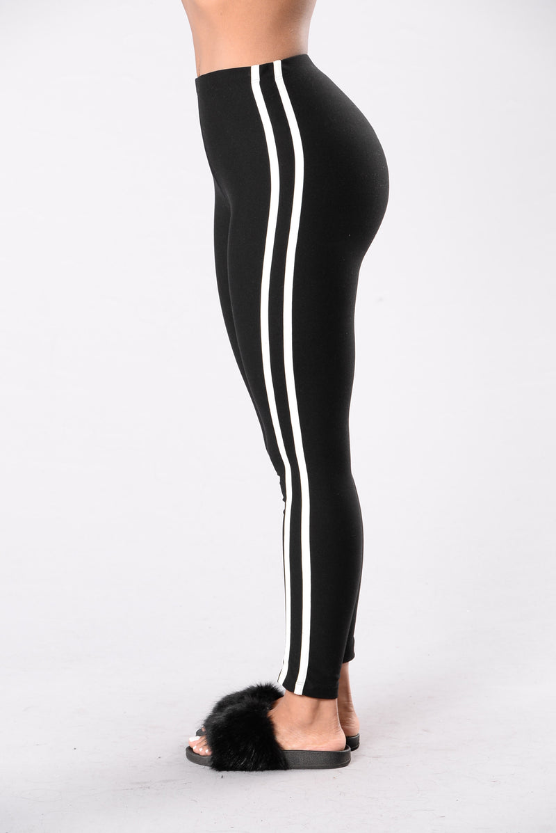 When I Come Around Leggings - Black