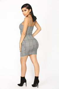 Bills To Pay Houndstooth Dress - Black/White