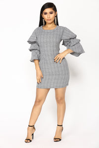 Life Calling Houndstooth Dress - Black/White Angle 1