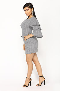 Life Calling Houndstooth Dress - Black/White Angle 3