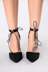 Higher Grounds Heel - Black