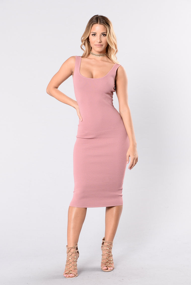Baby You Got Me Dress - Mauve