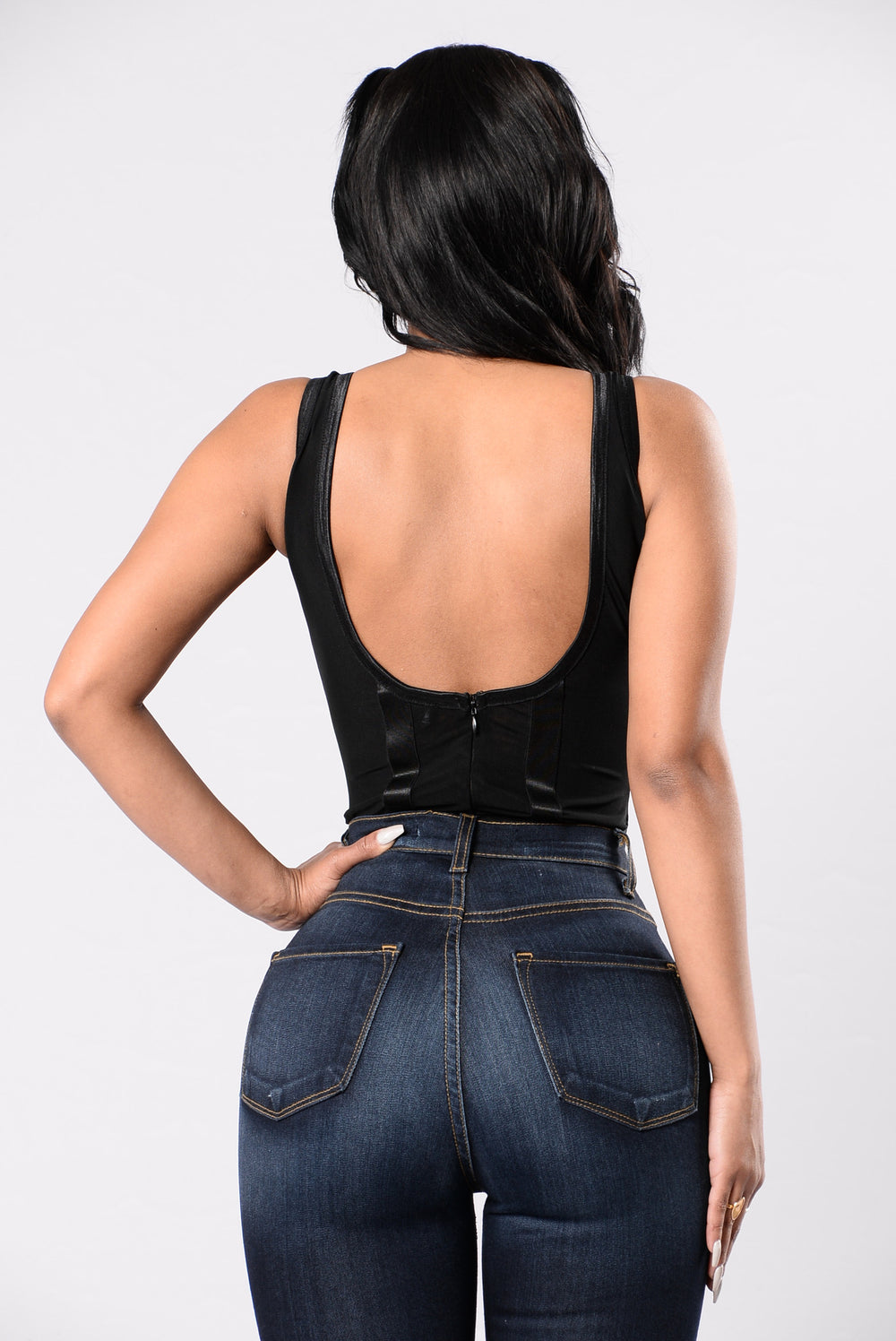 Chic Peek Bodysuit - Black