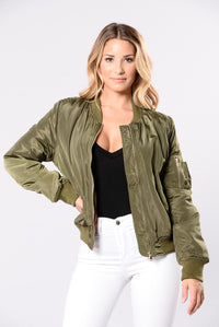 Notorious Jacket - Olive Angle 1