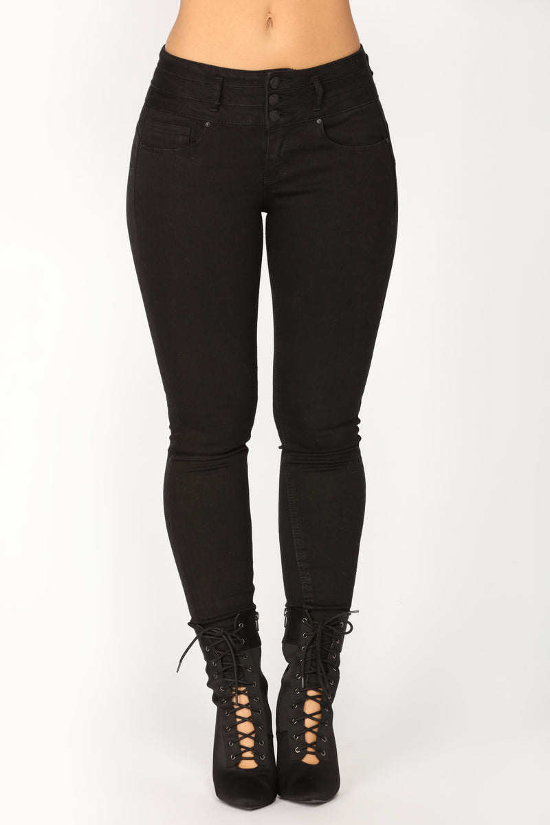 Full Moon Booty Shaping Jeans - Black