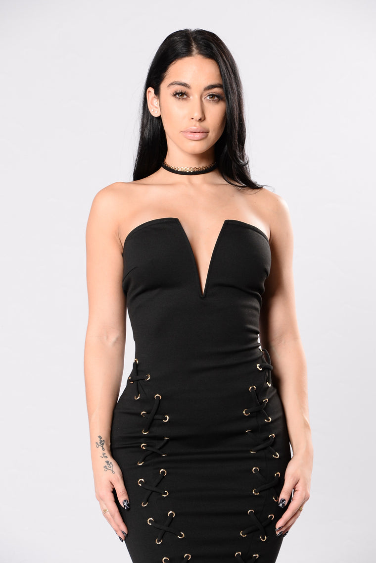 Bass In The Trunk Dress - Black