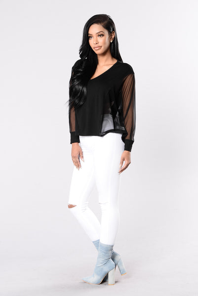 Killin' It Softly Top - Black