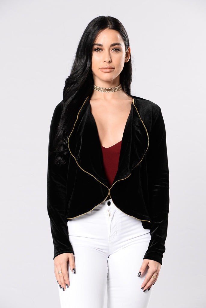 Going Out Of The Way Jacket - Black