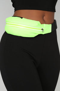 Hold The Stretch Fanny Pack - Green