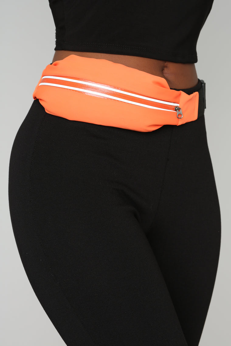 Hold The Stretch Fanny Pack - Orange