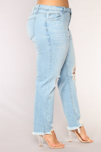 Her Favorite High Rise Jeans - Light Wash