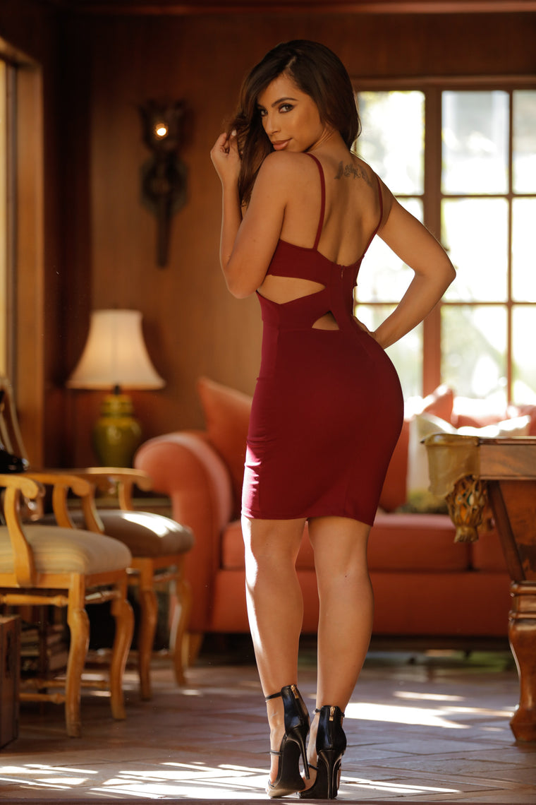 My Pleasure Dress - Burgundy