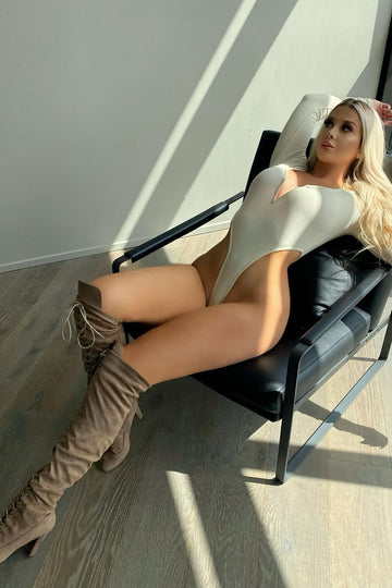 Naked girls thigh boots Discover Over The Knee Boots Thigh High Boots For Women 100 Styles Fashion Nova