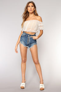 That One Night Denim Shorts - Medium Blue Wash
