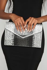 Diamonds On Me Clutch - Black