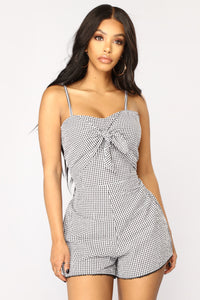 Day To Day Gingham Romper - Black/White