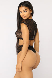 In The Air Lace Set - Black
