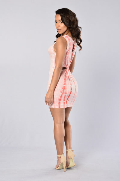Spontaneous Combustion Dress - Coral