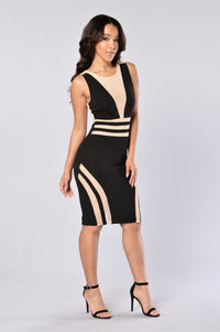 See To Believe Dress - Black/Nude Angle 1
