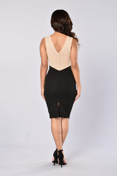 See To Believe Dress - Black/Nude