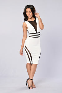 See To Believe Dress - Ivory/Black Angle 1