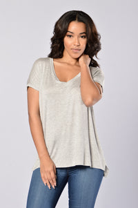 Day in Day Out Tee - Heather Grey Angle 1