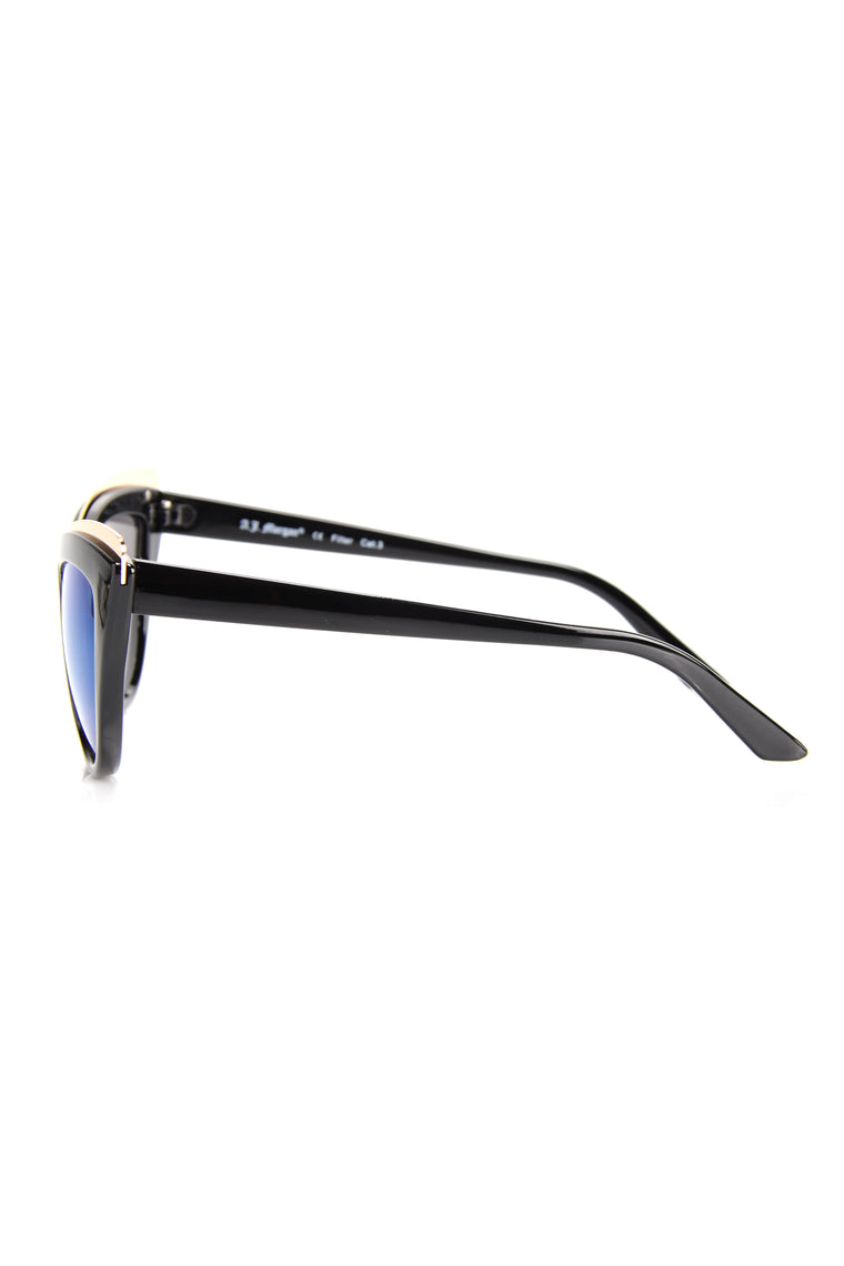 On The Up And Up Sunglasses - Black