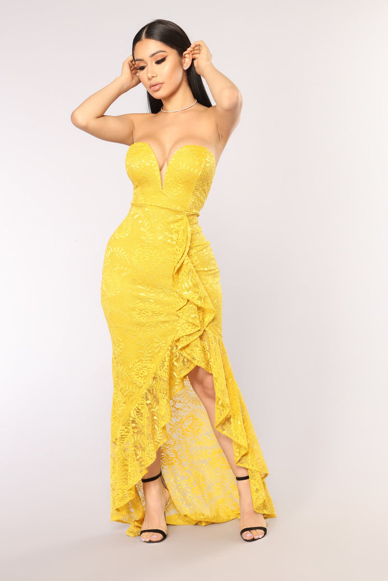 Takin' The Crown Ruffle Dress - Mustard
