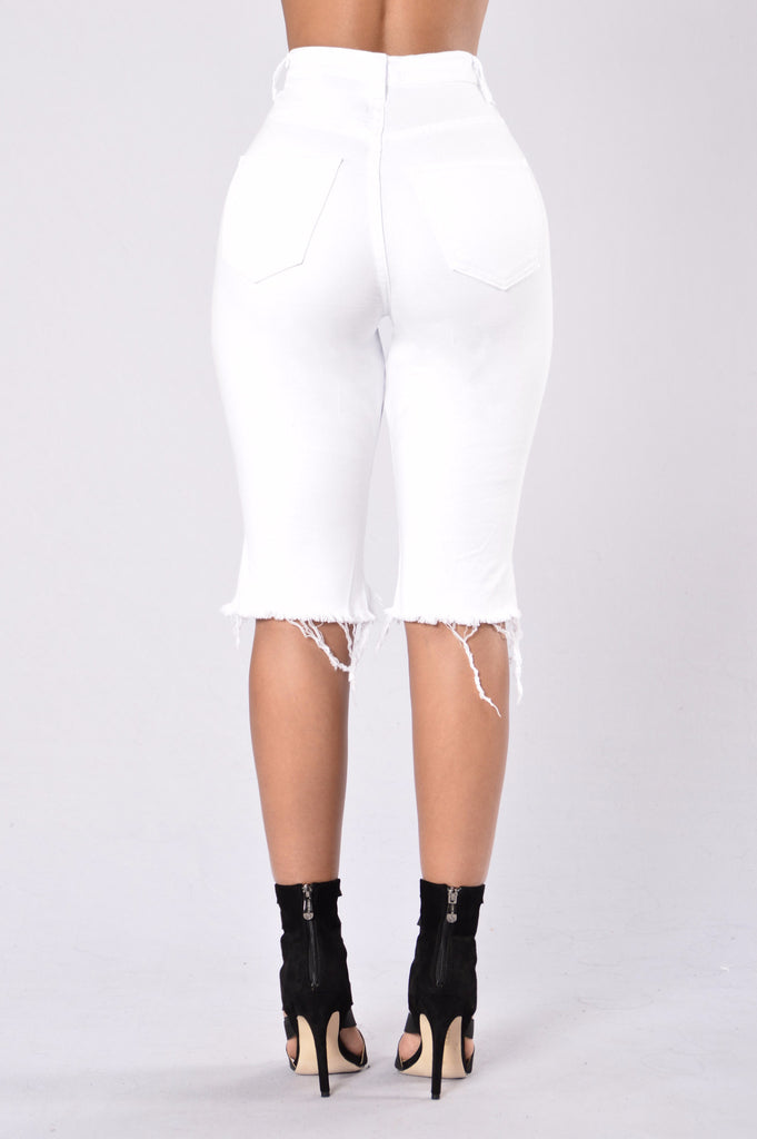 All Me Bermuda Shorts - White