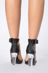 Clearly Stunning Heel - Black Angle 4