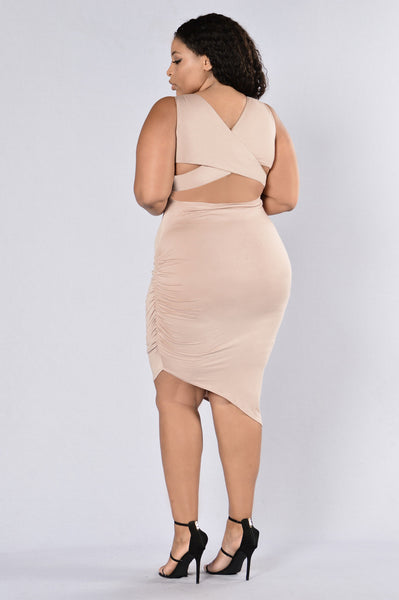 Cross It Off Dress - Mocha