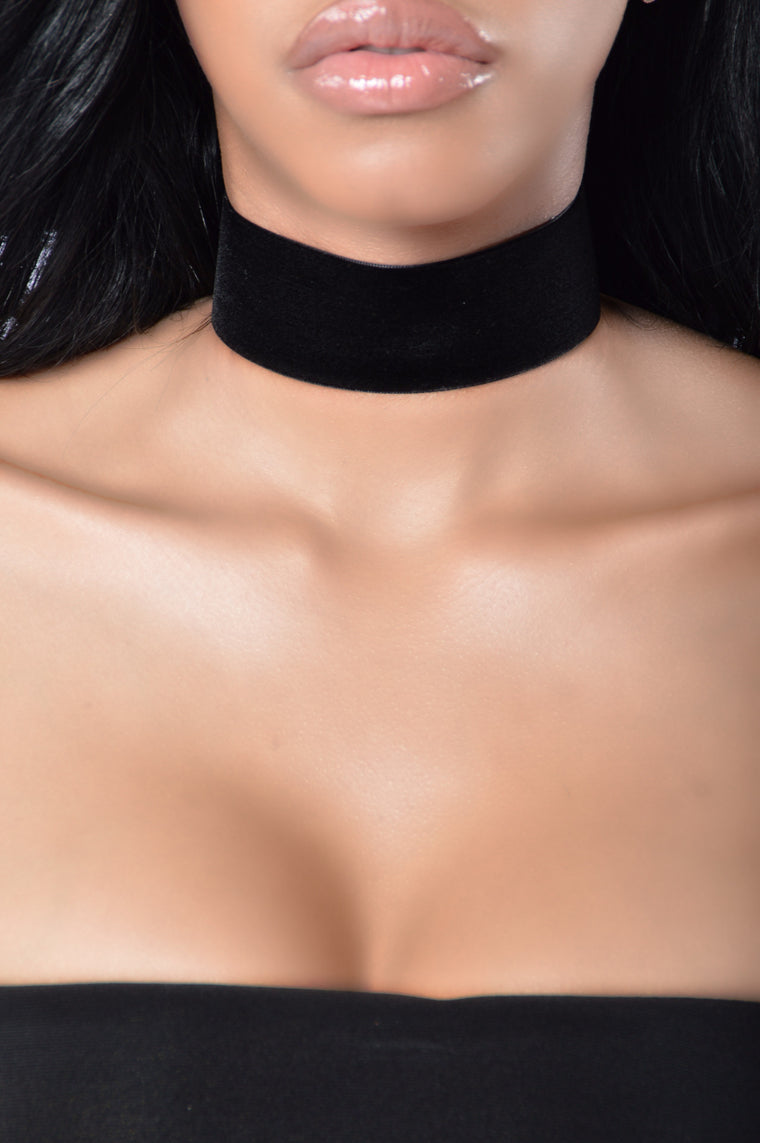 Oh No She Didn't Choker - Black