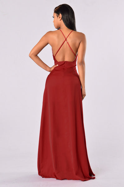 Hollywood Glam Dress - Deep Red