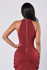 On The Side Dress - Burgundy