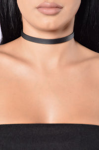 Outfit Of The Day Choker - Black