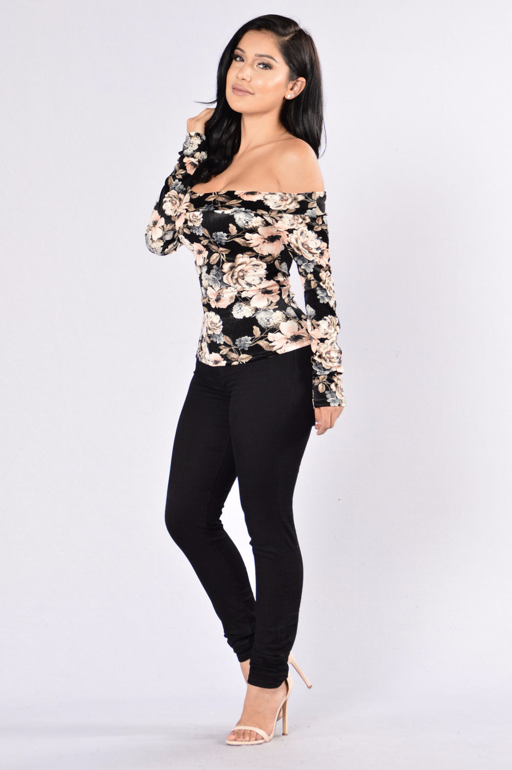 Outlandish Top - Black