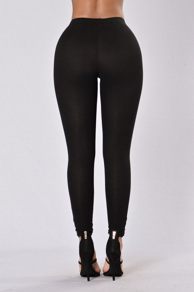 Know What I Mean? Leggings - Black