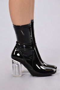 Penthouse Boot - Black Patent