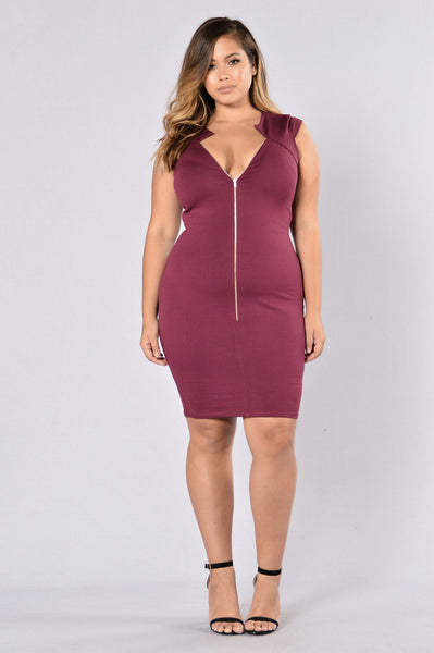 Shut It Down Dress - Burgundy