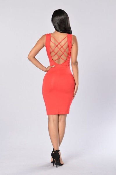 Cross Your Mind Dress - Red