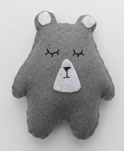 Light Grey Bear Wee Bear Hug 🐨