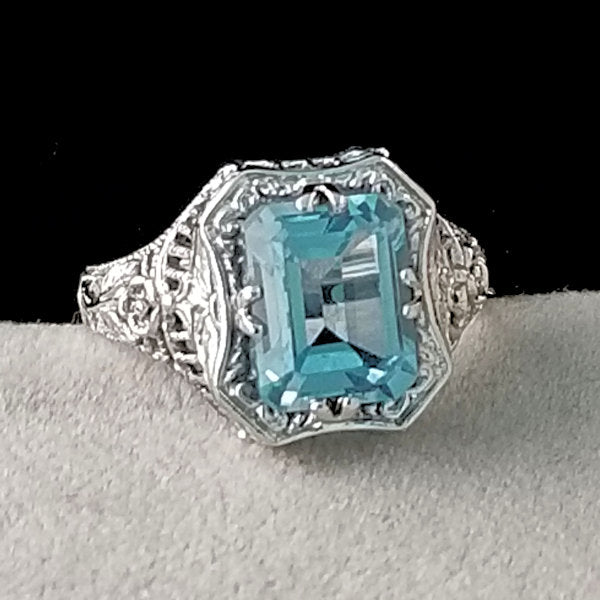 Genuine Sky Blue Topaz .925 Sterling Silver Antique Style Ring, #30174