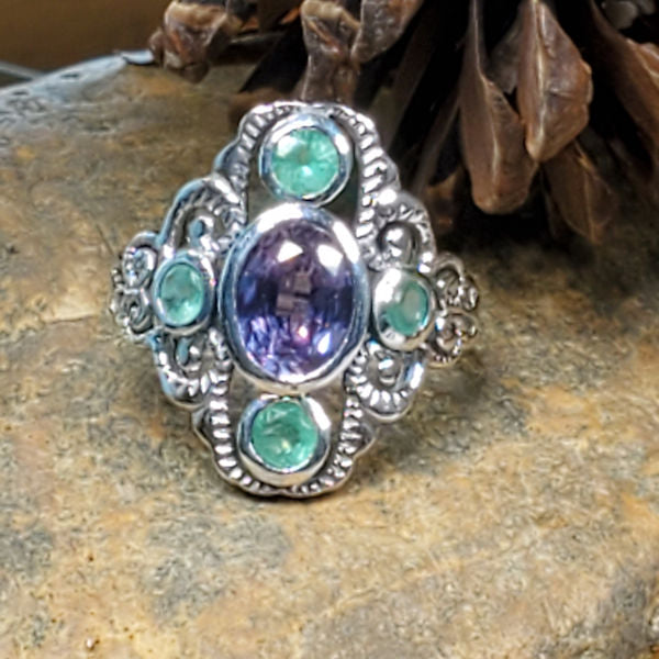 Sterling Silver Victorian Style Color Changing Sim. Alexandrite & Genuine Emerald Ring #30405