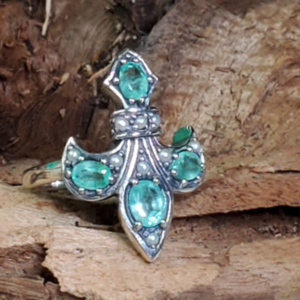 Sterling Silver Antique Victorian Style Genuine Emerald &  Pearl Fleur-De-Lis Ring #30591